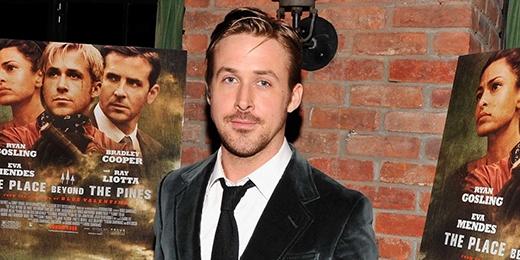 Bạn có thể sẽ không tin, nhưng đúng là anh chàng điển trai Ryan Gosling chưa từng cầm trên tay tấm bằng tốt nghiệp trung học. Vào năm 17 tuổi, nam diễn viên đã bỏ học tại trường Lester B. Pearson để tìm kiếm con đường riêng.