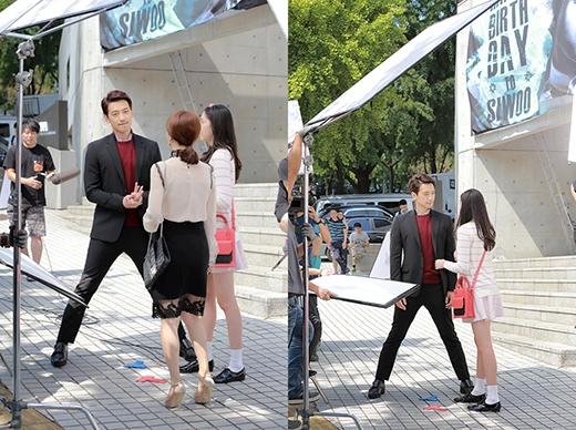 Trên phim trường My Lovely Girl, Rain cũng có những hành động lịch thiệp khi đứng dang hai chân ra để hai bạn diễn thoải mái thực hiện những thước phim hoàn hảo.