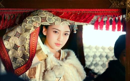 Ngắm nhan sắc 10 nữ thần cổ trang mới của Hoa ngữ