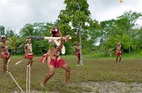 Chế độ trên đảo được cho là chế độ mẫu hệ.
