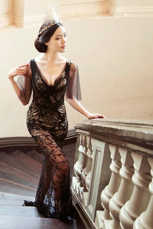 Những bí mật thú vị trong tủ đồ của Hoa hậu Thùy Dung ảnh 5