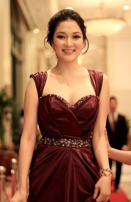 Điểm danh mĩ nhân Việt sở hữu khuôn ngực đầy đặn - Tin sao Viet - Tin tuc sao Viet - Scandal sao Viet - Tin tuc cua Sao - Tin cua Sao