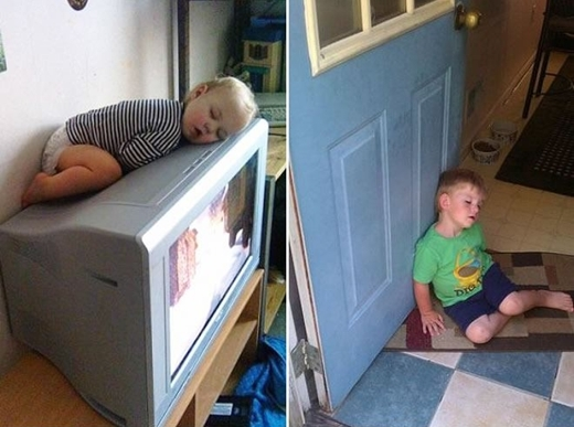 Ngủ trên TV còn đang bật sáng choang thế kia có vẻ nguy hiểm cho em bé quá! (Ảnh: Boredpanda)