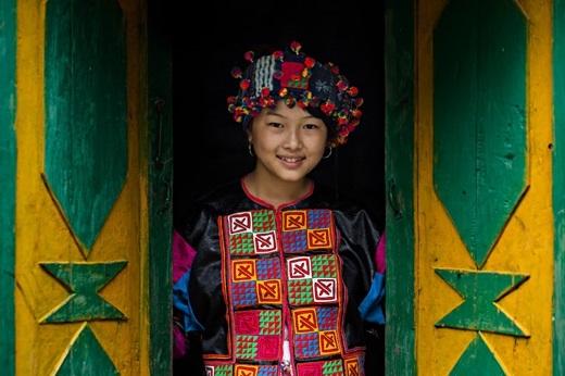 Phùng Thi Phố - cô gái 17 tuổi người dân tộc Lô Lô Hoa. (Ảnh:Rehahn)