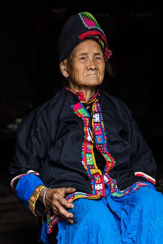 Cụ bà 83 tuổi sống ở vùng sâu vùng xa. Chỉ có khoảng 617 người dân tộc Pu Péo ở Việt Nam.(Ảnh:Rehahn)