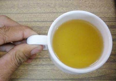 Nhiều người tin rằng nước tiểu là một loại thần dược có thể chữa bách bệnh dù chưa được y học công nhận.