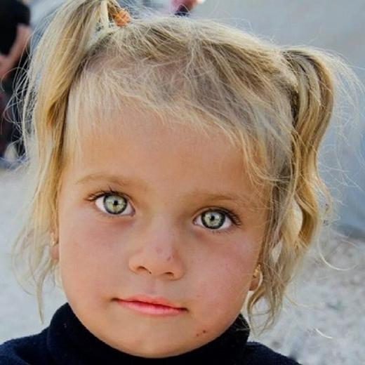 Cặp mắt sáng đẹp(Ảnh: Rehahn)