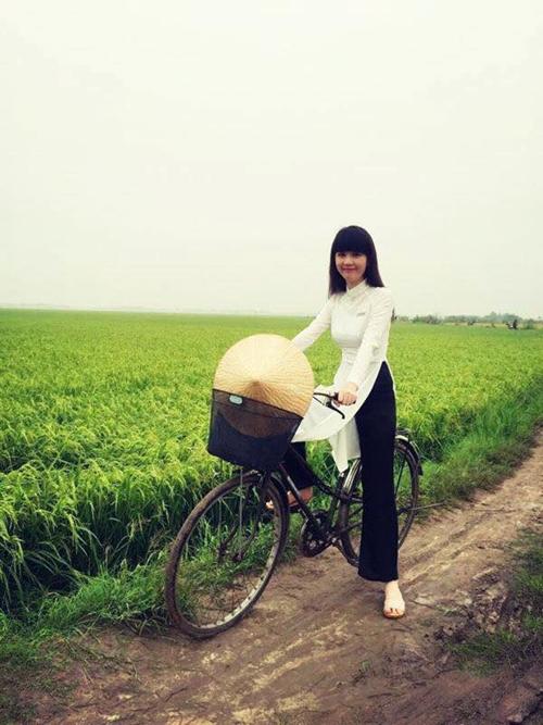 Nữ sinh Ngọc Trinh trẻ trung bất chấp tuổi tác trong phim mới - Tin sao Viet - Tin tuc sao Viet - Scandal sao Viet - Tin tuc cua Sao - Tin cua Sao