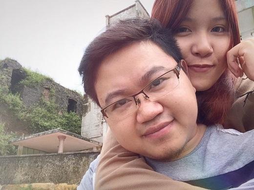 Chuyện tình của cô gái 20 tuổi và chàng trai mắc bệnh xương thuỷ tinh đang nhận được rất nhiều sự quan tâm và cảm tình từ giới trẻ.(Ảnh Internet)