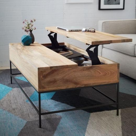 Chiếc bàn có thể gập mở khiến đồ đạc của bạn trở nên gọn gàng hơn.(Ảnh Internet)