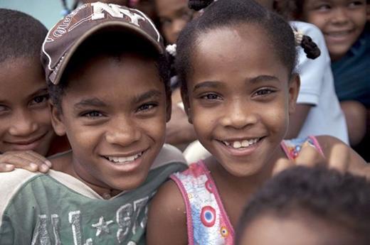 """Hình ảnh lúc nhỏ của các bé gái chưa """"chuyển đổi"""" hoàn toàn."""