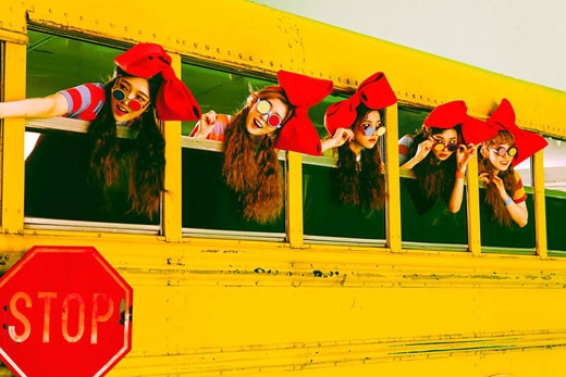 Minh Hằng và Red Velvet lần lượt tung MV xinh đẹp quái lạ