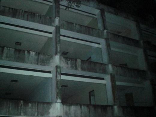 Năm 1958, ngôi nhà bốn tầng này được xây dựng để làm kí túc xá cho sinh viên Brunei nhưng đến năm 1983, không còn ai ở đây nữa. (Nguồn: Internet)