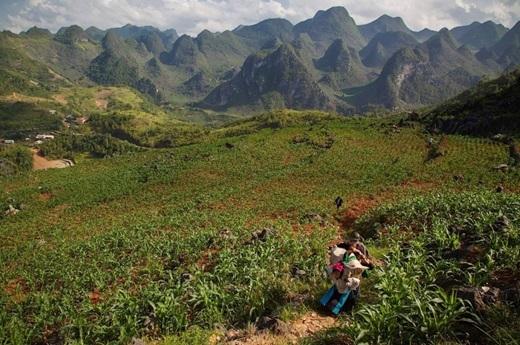 Một gia đình dân tộc miền núi ở bắc Đồng Văn, tỉnh Hà Giang.(Nguồn: Matador Network)