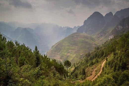 Sáng sớm trên đường đèo Mã Pí Lèng, tỉnh Hà Giang.(Nguồn: Matador Network)