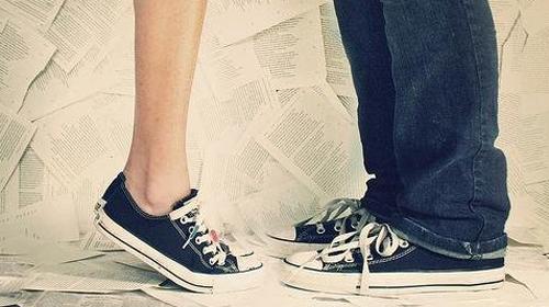 Những điều tuyệt vời khi yêu cô nàng chân ngắn