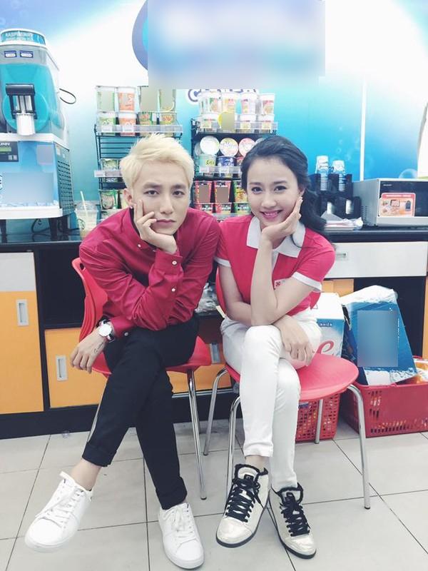 Lona Huỳnh cho biết Sơn Tùng là một chàng trai rất nghịch ngợm.