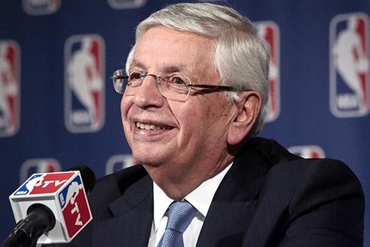 Ủy viên Hiệp hội bóng rổ nhà nghề Mỹ, ông David Stern