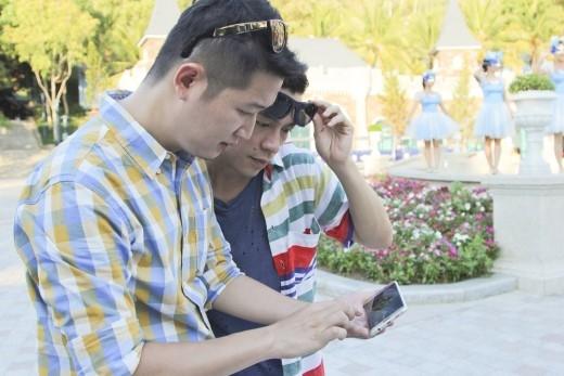 """Và hình ảnh chụp chiếc """"smartphone"""" này sẽ là cơ sở để đánh giá và lựa chọn thí sinh."""