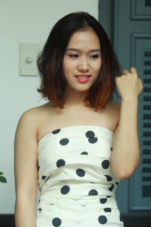 Quỳnh Hương, cô sinh viên năm nhất của Saigontourist đã may mắn có được cơ hội hẹn hò giấu mặt cùng Nhikolai Đinh.