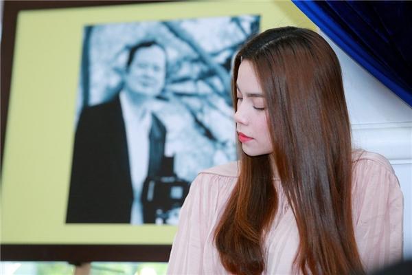 Hồ Ngọc Hà xuất hiện giản dị trong buổi giới thiệu đêm nhạc Tan vào Hà Nội do gia đình cốnhạc sĩ An Thuyên tổ chức. - Tin sao Viet - Tin tuc sao Viet - Scandal sao Viet - Tin tuc cua Sao - Tin cua Sao