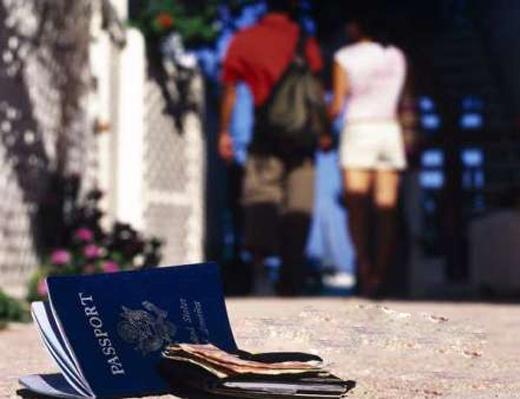 Làm gì nếu mất hộ chiếu khi du lịch nước ngoài?