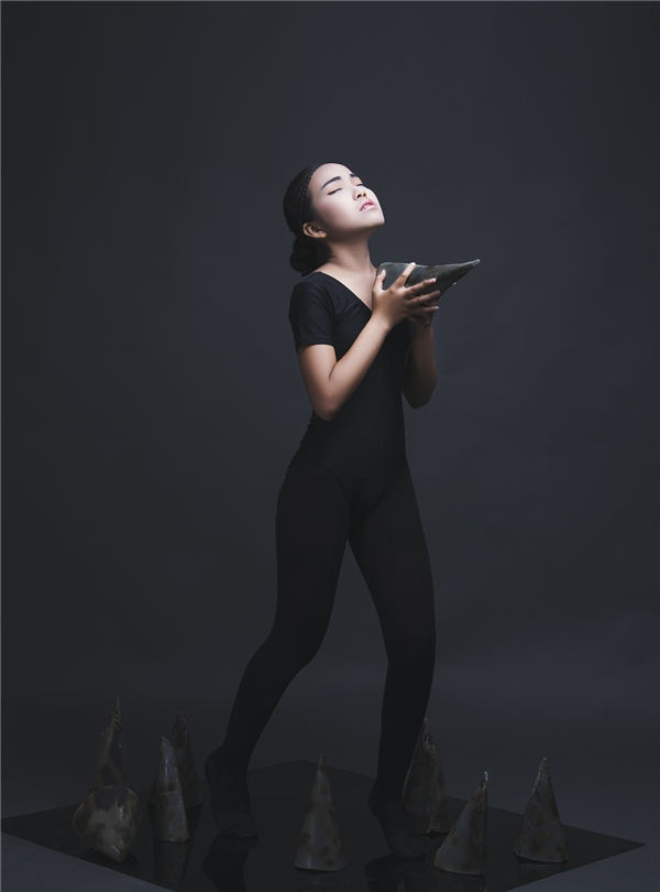 Mặc dù còn khá nhỏ tuổi và chủ yếu hoạt động ở lĩnh vực âm nhạc nhưng Bảo Nghi lại mang đến những khung hình tuyệt vời bằng cảm xúc chân thật.
