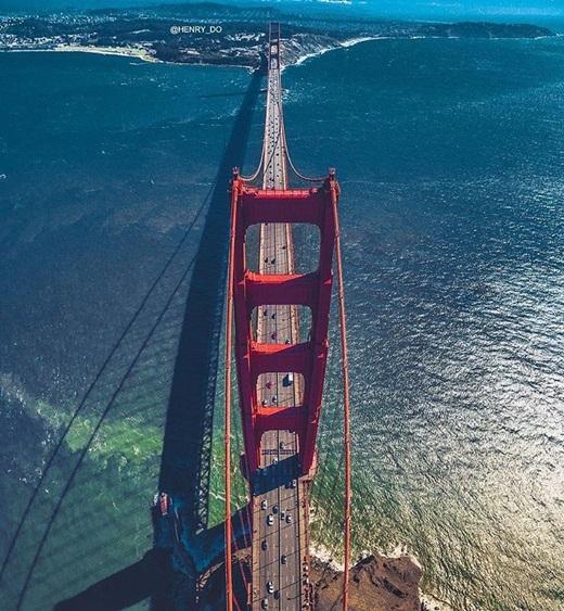 Cây cầu nổi tiếng ở San Francisco từmột góc nhìn khác.(Nguồn IG @henry_do)