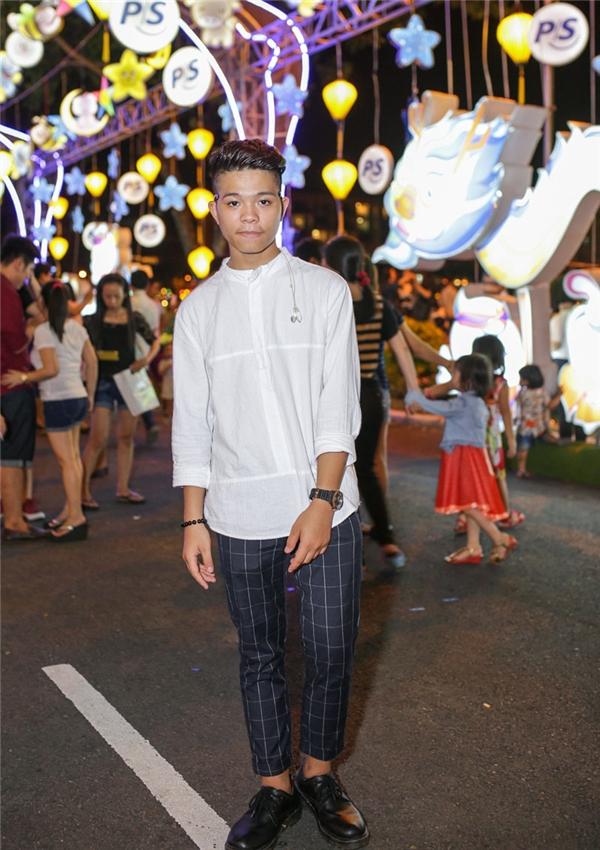Phong cách thời trang của Quang Anh ngày càng cá tính và trưởng thành. - Tin sao Viet - Tin tuc sao Viet - Scandal sao Viet - Tin tuc cua Sao - Tin cua Sao