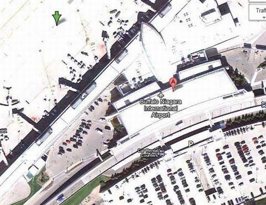 Bạn không thể nhìn thấy sân bay quốc tế Buffalo Niagara kể cả khi phóng to hay làm những thủ thuật ảnh. Nơi đây không bị che mờ nhưng thay vào đó, nó được tăng sáng lên nhiều lần. (Ảnh chụp màn hình)