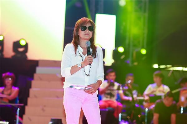 """Xuất hiện cùng Nguyễn Hưng là """"người tình sân khấu"""" của anh - nữ ca sĩ Lưu Bích. - Tin sao Viet - Tin tuc sao Viet - Scandal sao Viet - Tin tuc cua Sao - Tin cua Sao"""