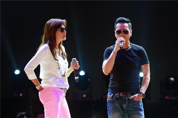 Hai người được ví nhưcặp nghệ sĩ tiên phong cho dòng nhạc dance tại hải ngoại. - Tin sao Viet - Tin tuc sao Viet - Scandal sao Viet - Tin tuc cua Sao - Tin cua Sao