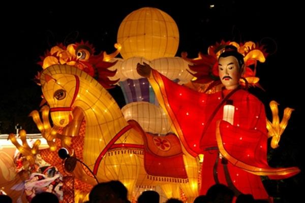 Trung thu bắt nguồn tự sự tích vua Đường Minh Hoàng lên cung trăng chơi. Ảnh nguồn: Internet