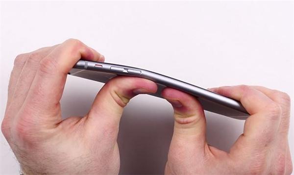 iPhone mới sẽ không thể bị uốn cong như iPhone 6. (Ảnh: Internet)