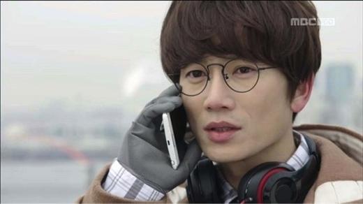 Những nam chính 'khác người' gây thương nhớ trên màn ảnh Hàn