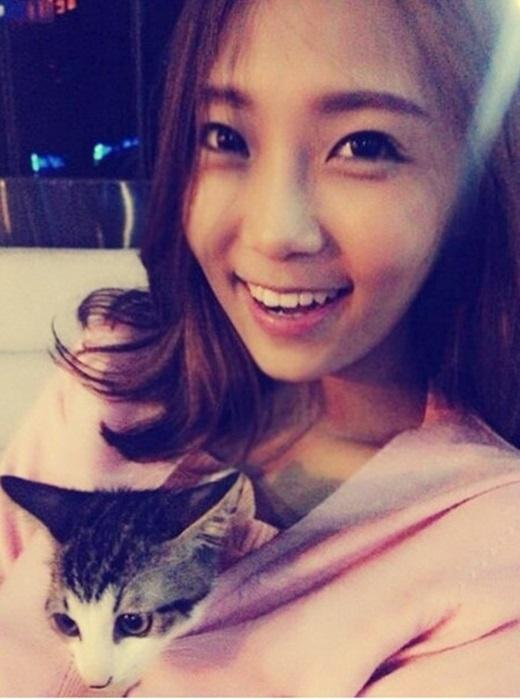 Ngoài đời, Miso là một cô gái rất dễ thương và nhí nhảnh.(Ảnh Internet)