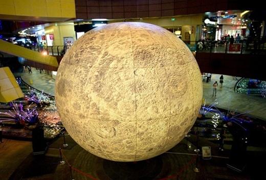 Mô hình mặt trăng (Ảnh minh họa)