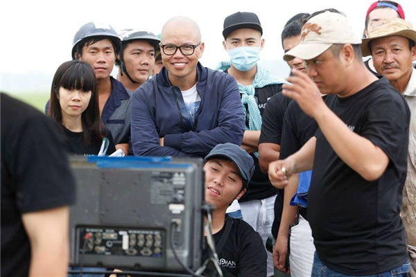 Ê-kíp làm phim Vòng eo 56. - Tin sao Viet - Tin tuc sao Viet - Scandal sao Viet - Tin tuc cua Sao - Tin cua Sao