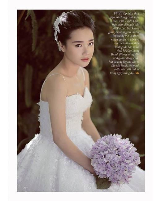 Trong bộ ảnh mới thực hiện cho một tạp chí thời trang danh tiếng trong nước, Nhã Phương hóa thân thành cô dâu trong những bộ váy cưới trắng tinh khôi nhưng không kém phần lộng lẫy, sang trọng.