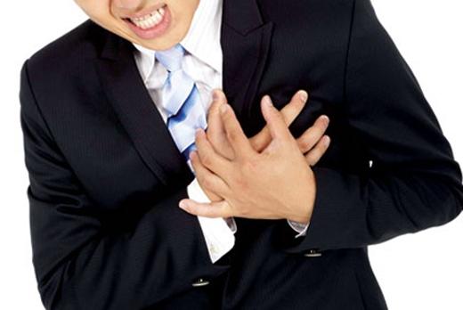 Sự thật ít ai biết từ việc chích máu đầu ngón tay trị đột quỵ