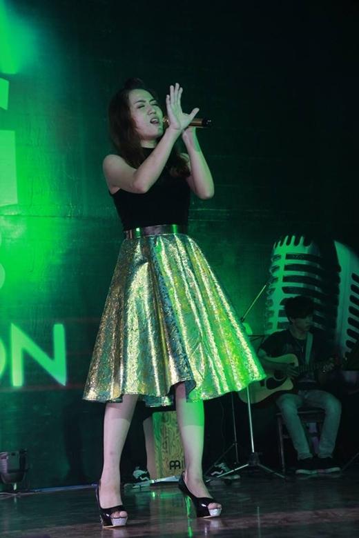 Hoàng Yến – Quán quân Dream Big 2013,Top 10 Thần Tượng Âm Nhạc Việt 2015.