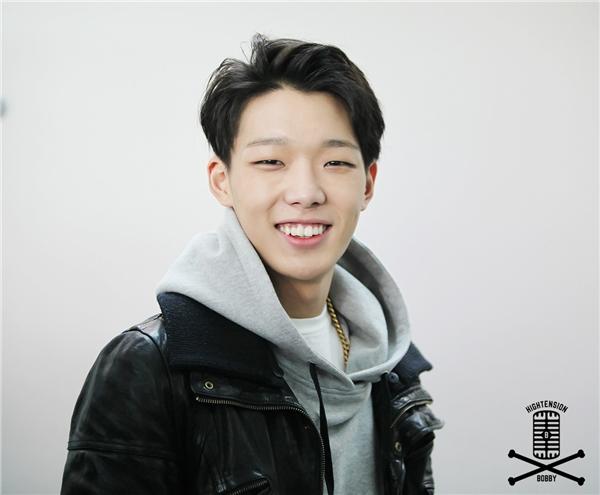 """Kim Yoo Jung thừa nhận đã """"đổ gục"""" trước hình ảnh của Bobby (iKon)."""