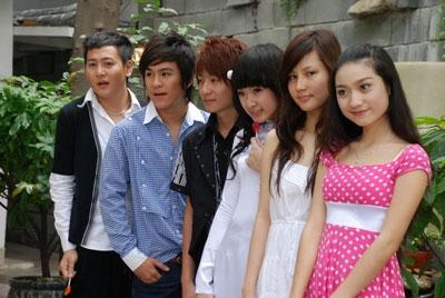 Dàn diễn viên tuổi teen của Mùa hè sôi động. - Tin sao Viet - Tin tuc sao Viet - Scandal sao Viet - Tin tuc cua Sao - Tin cua Sao