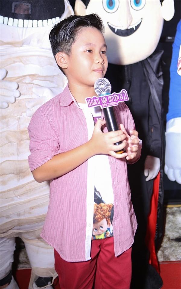 Trọng Khang tham gia lồng tiếng cho Khách sạn huyền bí 2. Ảnh:Nguyễn Thành
