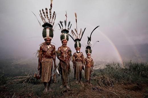 Dân số của các bộ lạc này ngày một giảm bởi ảnh hưởng quá trình hiện đại hóa của các quốc gia phát triển như nạn phá rừng, thay đổi khí hậu và những tiến bộ công nghệ.(Nguồn:higherperspectives.com)