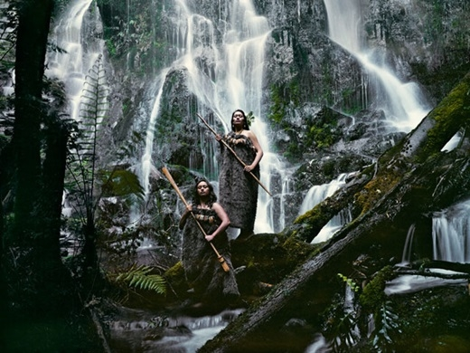 Họ cũng có thể mặc những bộ quần áo từ lông thú.(Nguồn:higherperspectives.com)