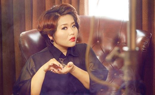 Đinh Hương mặt mộc hào hứng cover nhạc Michael Jackson