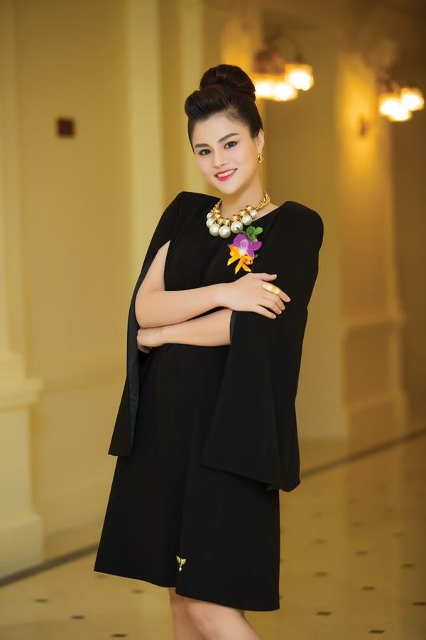 Vũ Thu Phương trong buổi trao giải về thời trang mới đây tại Hà Nội. - Tin sao Viet - Tin tuc sao Viet - Scandal sao Viet - Tin tuc cua Sao - Tin cua Sao