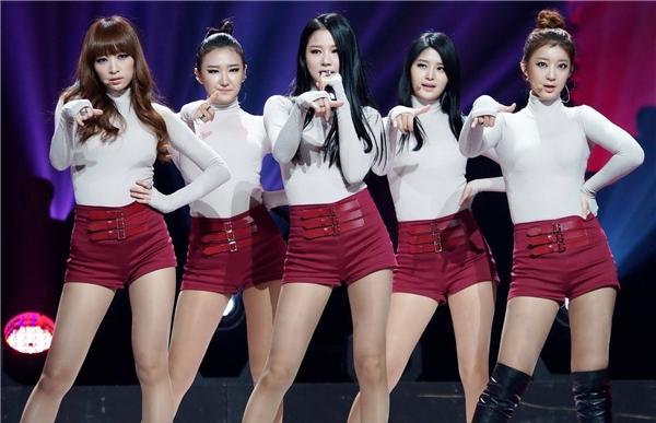 """Thành viên EXID cảm thấy có lỗi vì """"ăn bám"""" Hani"""