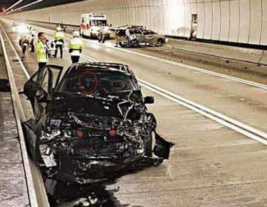 Hình ảnh được ghi nhận tại hiện trường một vụ tai nạn trên đường cao tốc Karak.(Nguồn: Internet)